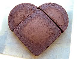 she bakes two cakes and cuts one in half when she u0027s done i can u0027t