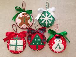 christmas ornaments canvases by melissa shirley christmas