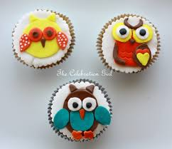 owl cake toppers how to make owl cupcake toppers with fondant marcela macias