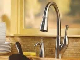 How To Repair A Leaking Kitchen Faucet by How To Repair Leaking Kitchen Faucet Leaking Faucet Kitchen Faucet