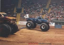 monster truck race bangshift com monster truck action