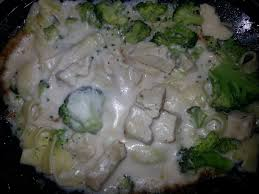 callender s frozen fettuccini with chicken and broccoli