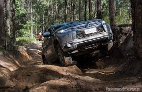 mitsubishi pajero sport 2016 2016 mitsubishi pajero sport review video performancedrive