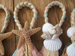aisle decorations pew bows starfish and raffia chair