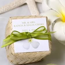 hawaiian themed wedding favors 7 best party favors images on wedding favors