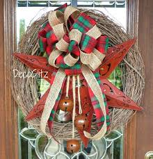Decorating Grapevine Christmas Wreaths by 730 Best Burlap Grapevine And Mesh Wreaths Images On Pinterest