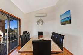 Cat Friendly Home Design Pet Friendly Holiday Home Holiday House Nelson Bay Port Stephens