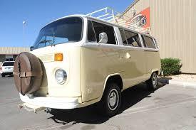 1974 volkswagen bus wow 1974 vw kombi hippie bus new paint nice interior runs great
