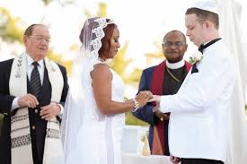 chelsea clinton wedding dress tbt 5 wedding customs chelsea clinton had at wedding