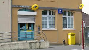 les bureaux de poste le bureau de poste va rester fermé deux mois pour travaux la voix