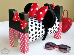 how to make a headband holder i m all ears minnie headband holder tutorial