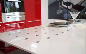 plan travail cuisine quartz plan de travail cuisine quartz idée de modèle de cuisine
