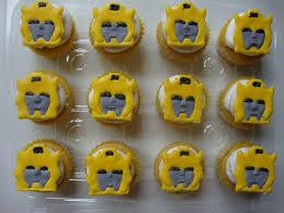 bumble bee cupcakes sweet delightz bumblebee transformer cake cupcakes