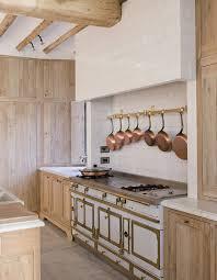 cuisine ancienne bois cuisine cagne découvrez toutes nos inspirations décoration