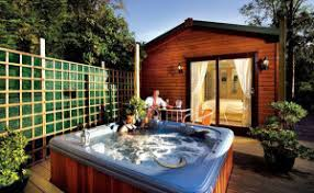 Cottage Rental Uk by Uk Cabins With Tubs 100 U0027s Of Private Cheap Weekend Breaks