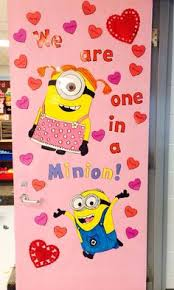 Decoration Ideas For Valentine S Day by Classroom Door Ideas For Valentines Day And St Patricks Day
