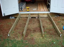 Diy Wooden Shed Plans by Best 25 Shed Ramp Ideas On Pinterest Shed Landscaping Building