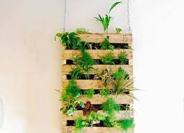 32 diy garden wall art 14 to attach pots to wire netting wall