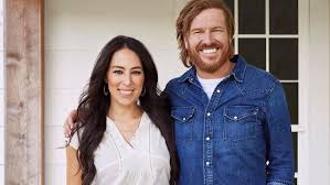 where do chip and joanna live chip and joanna gaines new show fixer upper behind the design