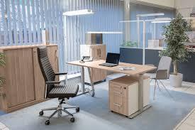 H Enverstellbare Schreibtische Stehsitztische Büroeinrichtung Hamburg