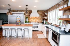 Country Kitchens With White Cabinets by Fixer Upper Country Style In A Very Small Town Hgtv Black