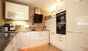 k che bekleben vorher nachher 17 kreative vorher nachher küchenumbauten tisch aus mdf platte