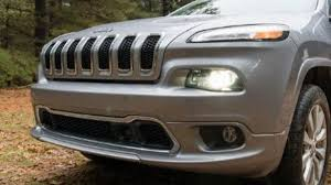 luxury jeep grand cherokee 2017 jeep grand cherokee trail rated luxury suv youtube