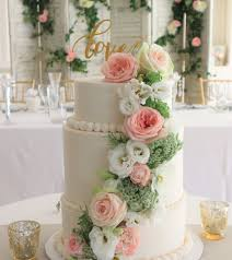 wedding cake adelaide adixions cakes chocolates wedding cakes adelaide easy weddings