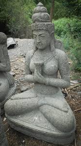 fontaine en pierre naturelle statue jardin en pierre naturelle déesse balinaise fleur 1m20