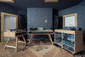 Recording Studio Desk by Http Www Homerecorder Com Studio Php Ad U003dpinterest Cool