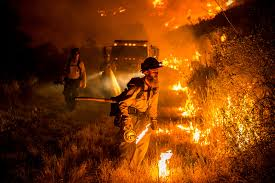 Wildfire California 2016 by Raging Wildfires Throughout California In Stunning Pictures