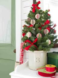 diy paper tree ornaments to make wreath