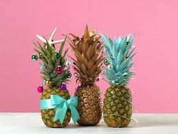 how to make a pineapple christmas tree coastal living