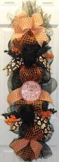 Halloween Wreath Ideas Front Door Best 20 Fall Mesh Garland Ideas On Pinterest Halloween Door