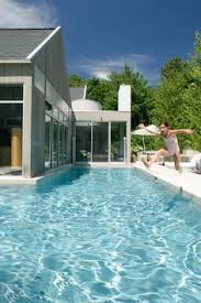 Cool Houses With Pools Stylishly Simple Modern One Story House Design Story House