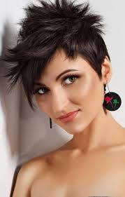 Sehr Kurze Damenfrisuren by Die Besten 25 Kurze Flippige Frisuren Ideen Auf