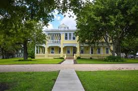 victorian style mansions historic and huge central texas mansion hits market for 2 75