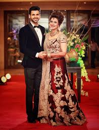 what to wear in marriage confused with what to wear in wedding function look beautiful