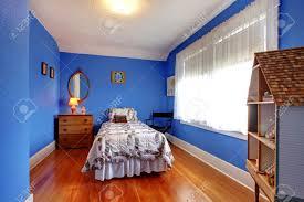 chambre style anglais chambre bleue lumineuse enfants dans un style anglais ancien avec