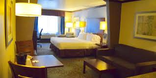 2 bedroom suites san antonio holiday inn express suites san antonio nw near seaworld hotel by ihg