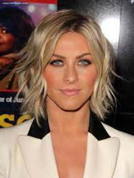 julianne hough wearing her hair in a curled bob with spice