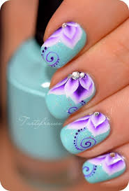15 colorful flower nail designs for summer 2014 flower nail