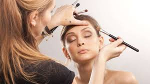 how to be a makeup artist how to become a makeup artist makeupideas info