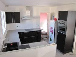 installation d une cuisine pose cuisine installation en image d une cuisine équipée dans une