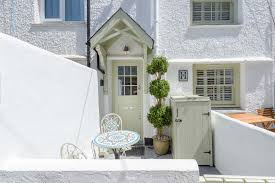 holiday cottage padstow cornwall home decor color trends