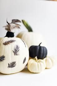 84 best halloween feathers decor images on pinterest halloween