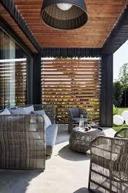 Mobilier Terrasse Design Chaises Design Et Revêtements En Bois Et Pierre D U0027une Maison D