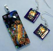 How To Make Fused Glass Jewelry - designs in dichroic jewelry fusing