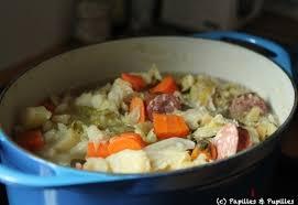 comment cuisiner la saucisse de morteau recette de soupe paysanne à la saucisse de morteau