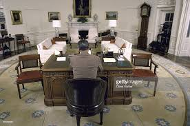 Oval Office Desk At The Oval Office Desk Photos And Images Getty Images
